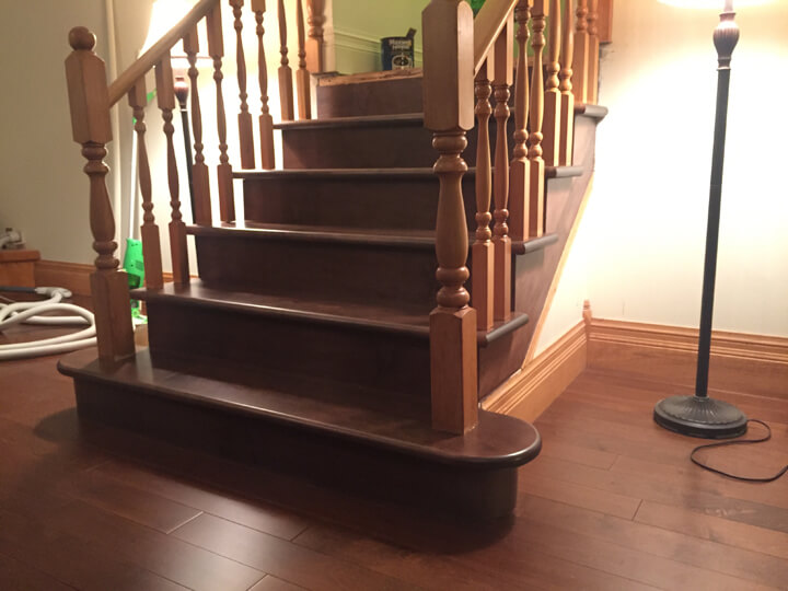 The curved bottom step made this simple staircase so much more appealing.